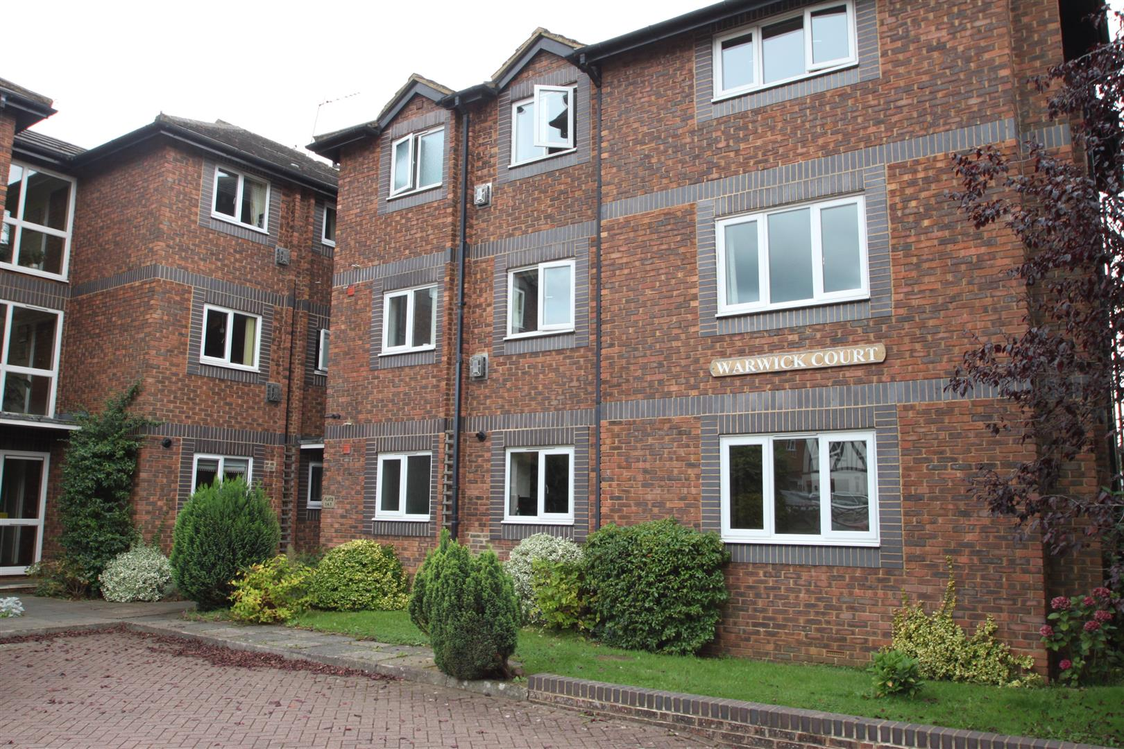3 Bedrooms Flat for sale in South Park, Sevenoaks